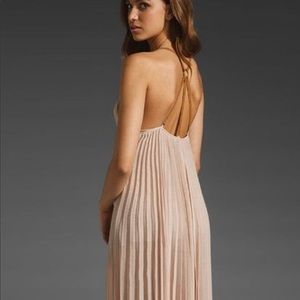 Stunning flowing pleaded  bcbg maxi dress